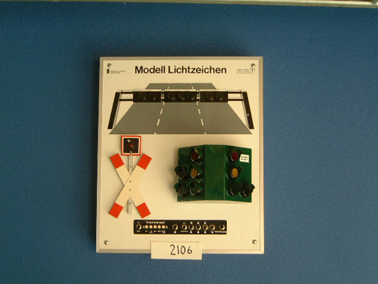 German school model lighting system